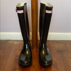👢 Hunter, black boots + socks - Size 8 - Pre used